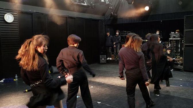 ダンスの進級・卒業展のリハーサルが行われていました!
