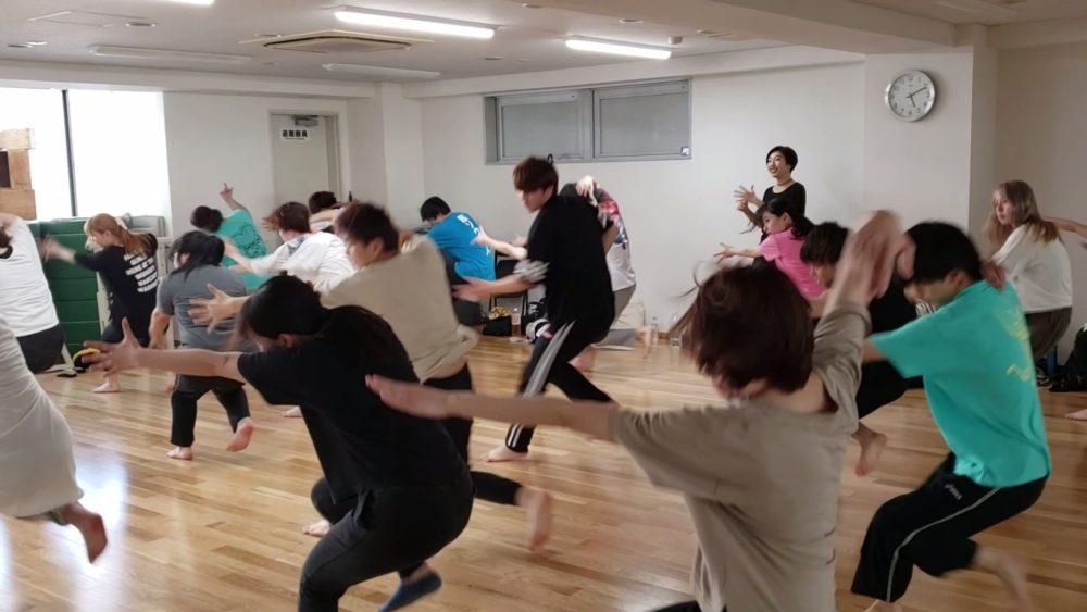 声優系や俳優系の学生もダンスは必須!?