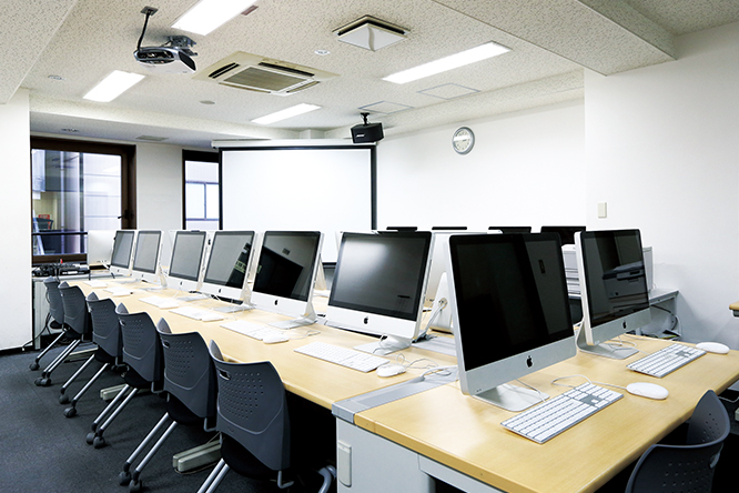 PCルーム / 機材管理室