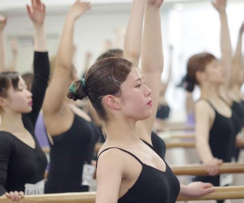 BALLET ADVANCE CLASS